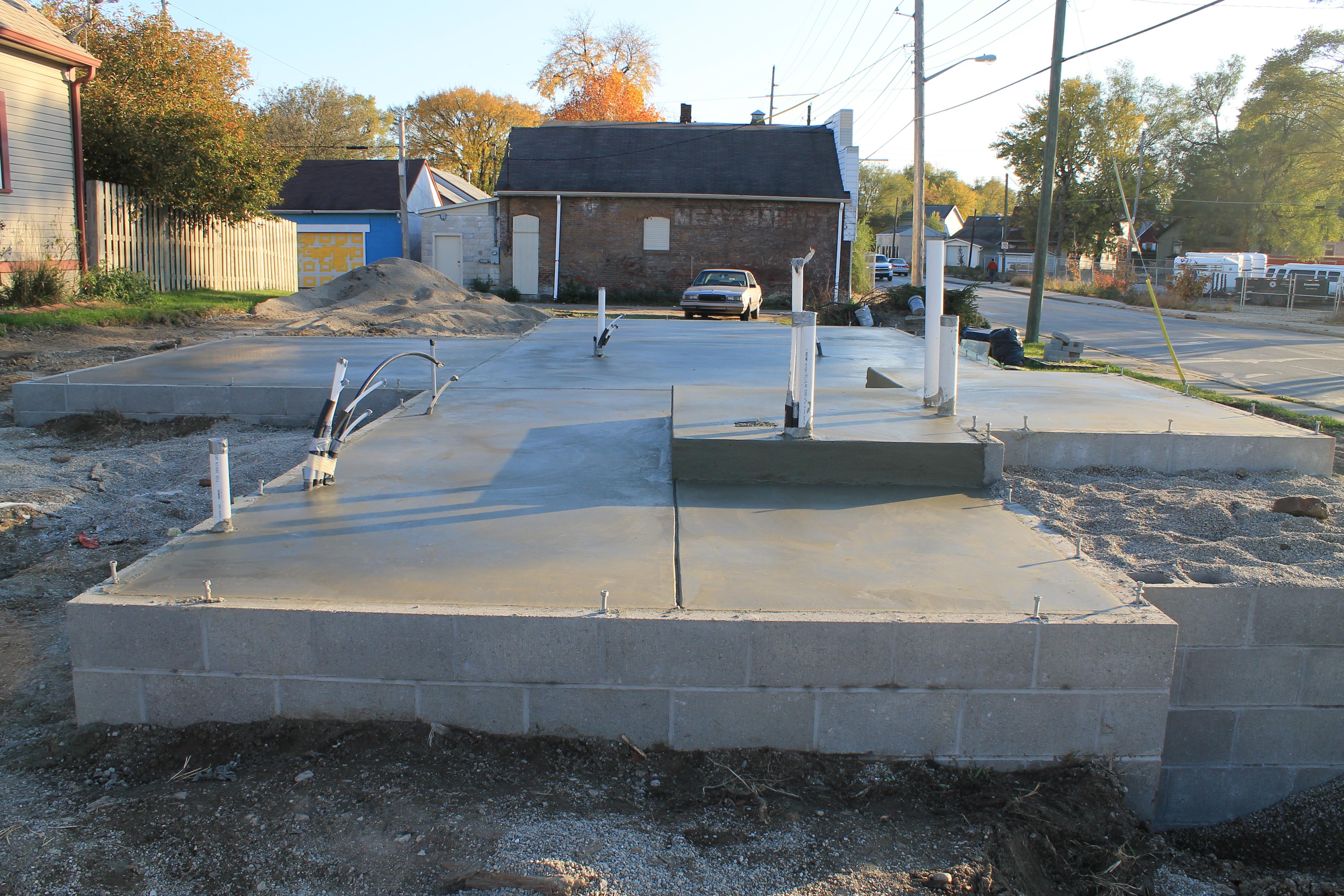Slab urban home indy for Slab foundation definition